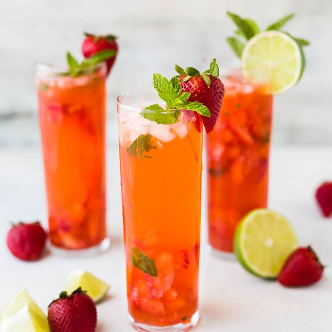 lemon and strawberry juices