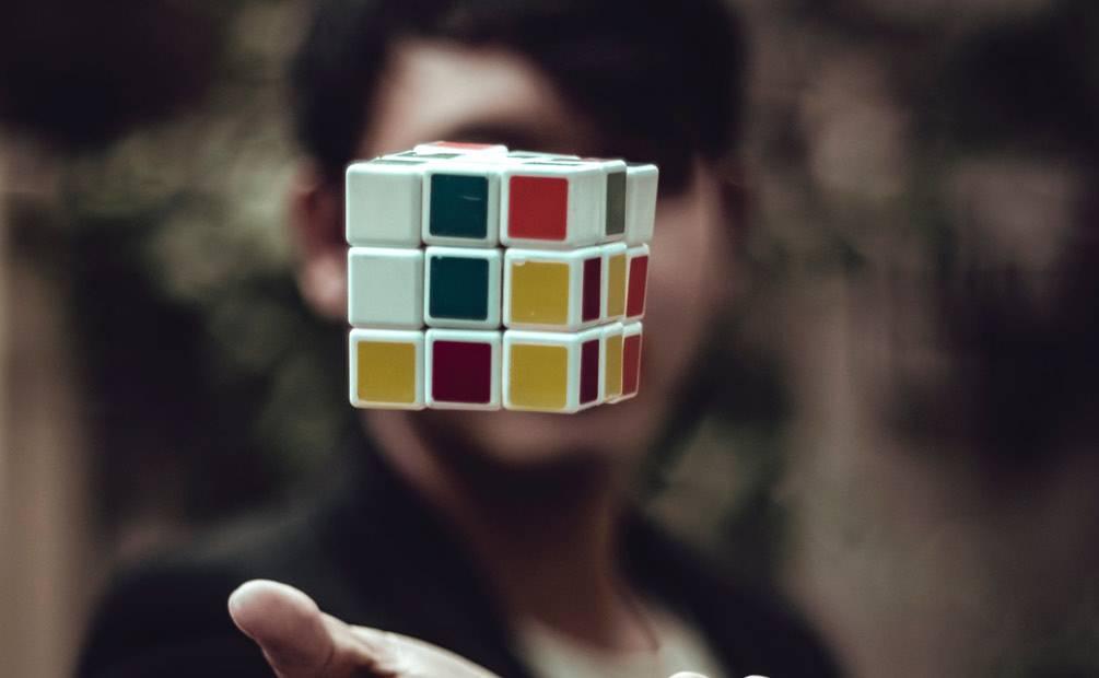 un rubix cube